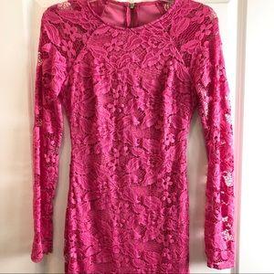 ❤️❤️Bison Bisou Pink Long Sleeve Lace Dress